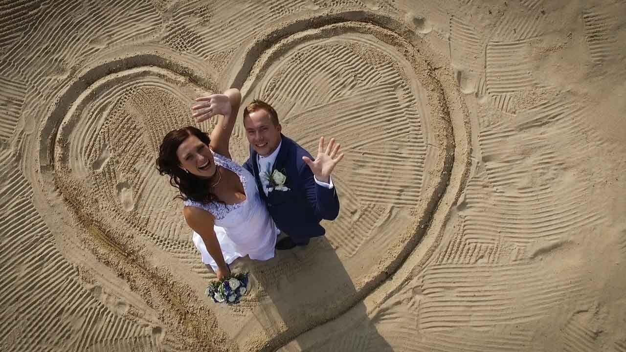 svatební fotka focená dronem